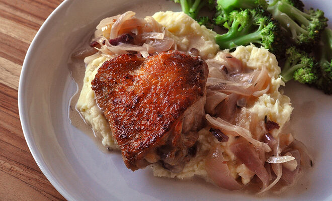 Hard Apple Cider Braised Chicken with Onions & Bacon Recipe | D'Artagnan