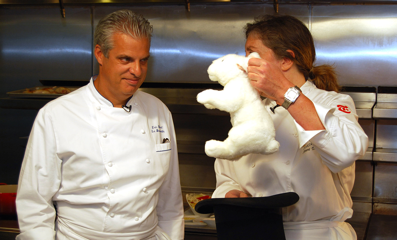 Video - Splitting a Hare with Eric Ripert – Dartagnan.com