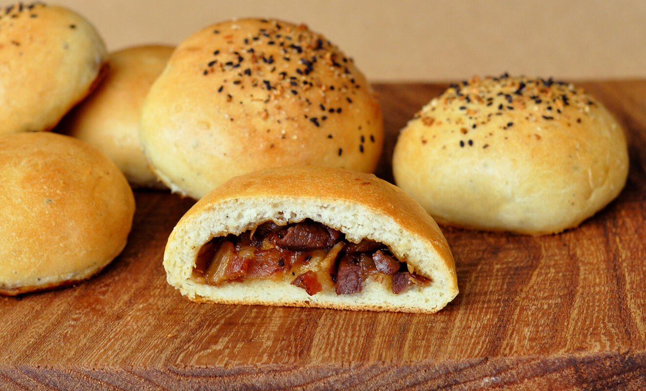 venison-bacon-buns-recipe