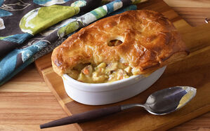 spicy-cajun-pot-pie-recipe