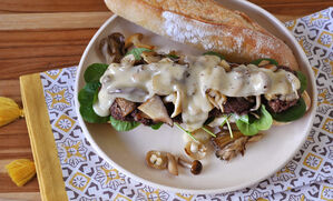 wagyu-burger-mushrooms-and-fontina-cheese-recipe