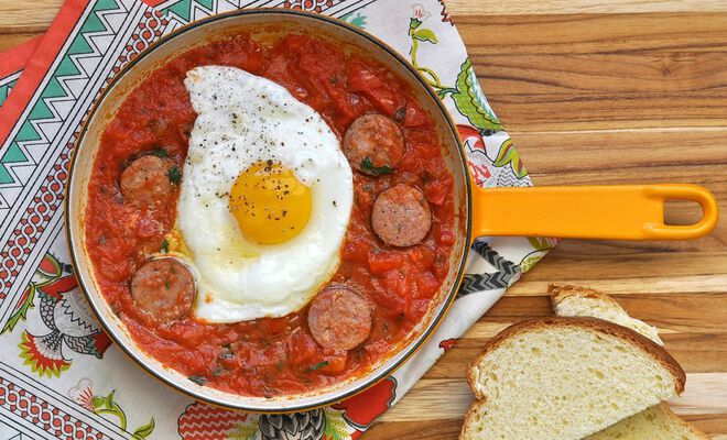 Shakshuka Eggs Poached in Tomato Sauce with Spicy Sausage Recipe | D'Artagnan