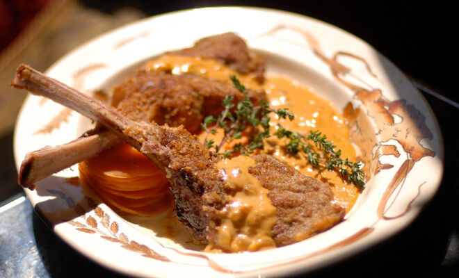 Recipe - Veal Chops with Paprika Cream –  Veal – Dartagnan.com