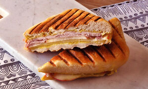 ham-cheddar-apple-panini-recipe