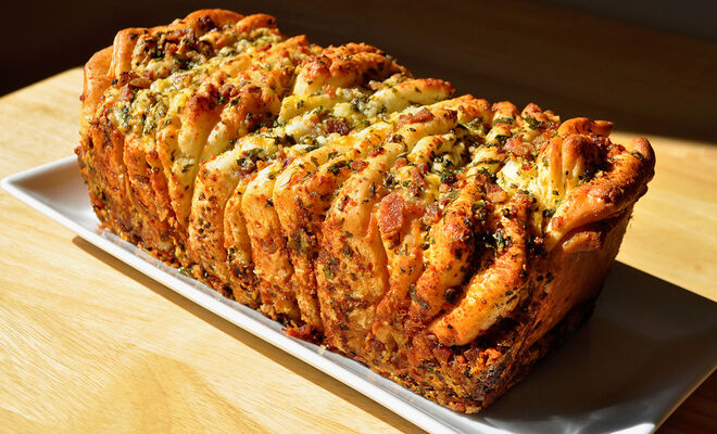 Bacon & Cheese Pull-Apart Bread Recipe | D'Artagnan