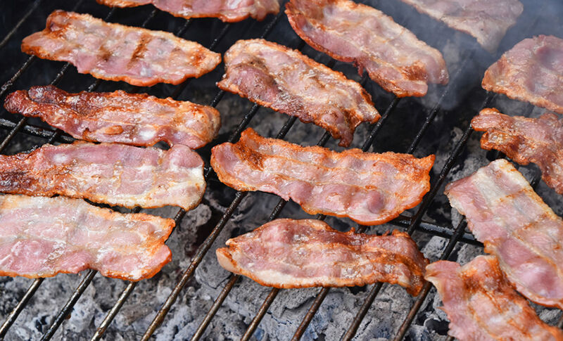 how-to-cook-bacon-on-the-grill