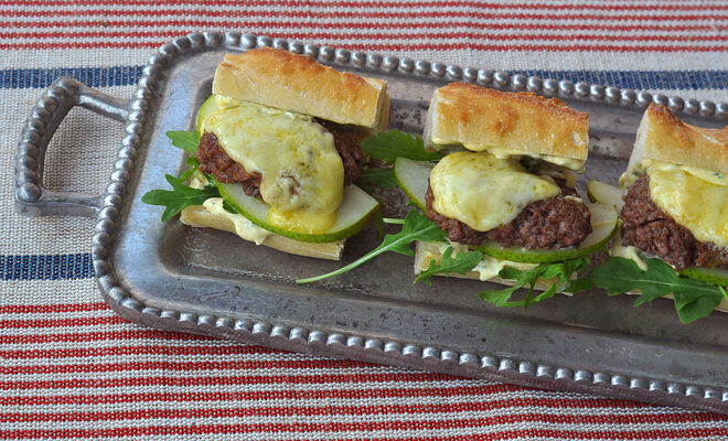 Wagyu Burger Sliders with Melted Raclette Recipe | D'Artagnan