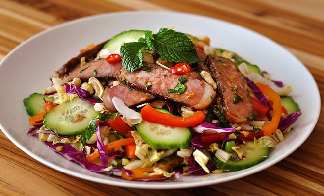 Asian Wagyu Beef Steak Salad Recipe | D'Artagnan