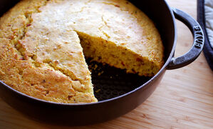 cast-iron-cornbread-with-bacon-recipe