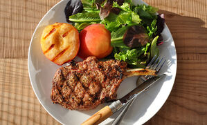 pork-chops-with-grilled-peaches-recipe