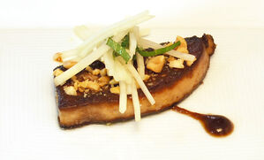 seared-foie-gras-with-green-papaya-and-peanuts-recipe