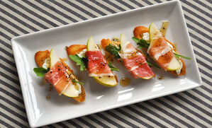 prosciutto-wrapped-pears-with-bleu-cheese-recipe