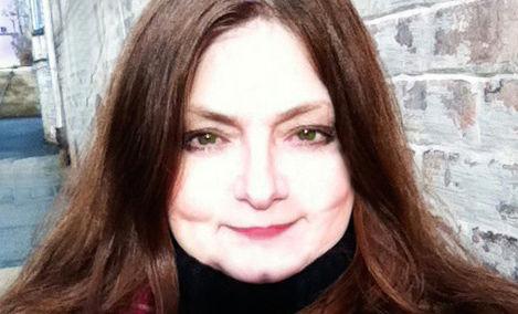 Blogger Deana Sidney